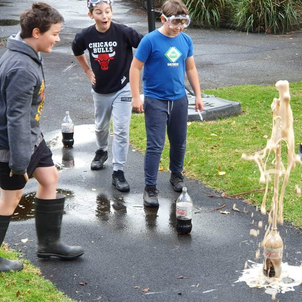 Science Experiment - Mentos in Coke